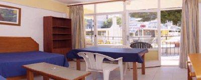 Kensington Apartments Calle Martin Ros Garcia 10 07181 Palma Nova Mallorca Telephone 34 629 637 915 Fax 971 574 758 Web Site Econotels